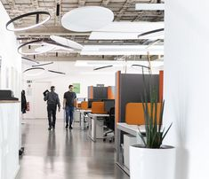 A tour of COMMEHR'S office in Berlin🧡 #tech #it #service #Berlin #cool #office #büro #life #startup #bussiness #good #idea #friends #work #design #interiordesign #officeinspiration #we #love #decor #lamps #light #plants #orange #floor #photography #photooftheday #officedropin Berlin, Lamps, Tech, Tours, Flooring, Orange, Interior Design, Cool Stuff, Friends