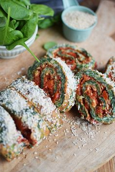 Spinatrolle mit Tomaten Paprika Fuellung - Spinach Roulade with red pepper tomato filling (19)