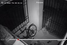 Man Installs Security Camera and Realizes He Had the Wrong Idea - Gallery Aaron Tveit, What The World, Marvel Memes, Brooklyn Nine Nine, Security Camera, His Eyes, Life Lessons, Documentaries, Improve Yourself