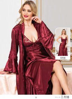 15 Best Birthday gift for women ideas Pyjama Satin, Satin Nightie, Satin Kimono, Satin Sleepwear, Satin Lingerie, Pretty Lingerie, Bridal Lingerie, Vintage Lingerie, Beautiful Lingerie