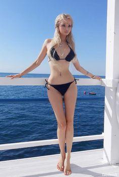 Valeria Lukyanova bikini
