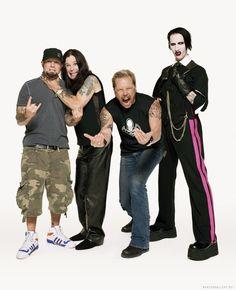 James Hetfield, Fred Durst, Marilyn Manson y Ozzy Osbourne.