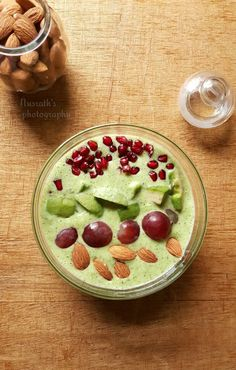 The food factory: Broccoli smoothie bowl