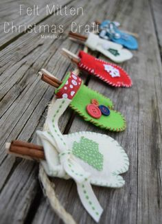 Felt Mittens for a Christmas Garland, Christmas ornaments, or gift wrap embellishments. So simple and cute!