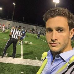 Sideline doctoring at the university game 🏈🏥💉💊 Dr Mike Varshavski, Hot Doctor, Men Style Tips, My Crush, Cute Guys, Handsome, Victoria, Celebrities, Sexy