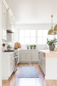 Inspired by Studio McGee's Fresh and Clean Interiors – Blue and White Home Kitchen Runner, Kitchen Rug, Home Decor Kitchen, Home Kitchens, Kitchen Pendants, Kitchen Ideas, Kitchen Inspiration, Space Kitchen, Cheap Kitchen
