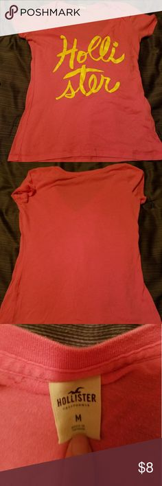 Tee-shirt Worn few times Hollister Tops Tees - Short Sleeve Hollister Tops, Fashion Design, Fashion Tips, Fashion Trends, Tee Shirts, Times, Sleeve, Clothes, Outfits