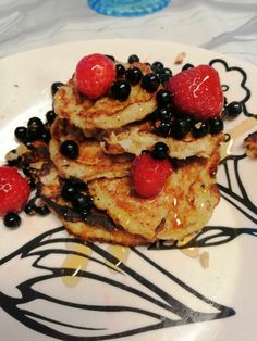 Healthy Foods, Healthy Recipes, Pancakes, Breakfast, Ethnic Recipes, Morning Coffee, Health Foods, Healthy Groceries, Healthy Eating Recipes
