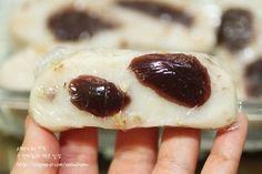 쫀득한 영양찰떡만들기 : 네이버 블로그 Sushi, Cheesecake, Ethnic Recipes, Desserts, Food, Food Food, Tailgate Desserts, Deserts, Cheesecakes