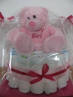 Basic Baby Girl One tier diapercake  www.japsnoet.be