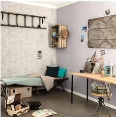 Como nos gustan las habitaciones bien ambientadas... este papel pintado con el mapa mundi es ideal en dormitorios juveniles y de adultos!!! https://papelvinilicoonline.com/es/236-tonic