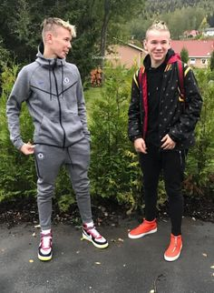 Marcus and Martinus photo Rain Jacket, Bomber Jacket, Twin Brothers, Teen Boys, Celebs, Celebrities, Cute Photos, My Everything, My Boyfriend