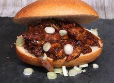 Broodje babi pangang met champignons en lente-ui - De keuken van Ursie