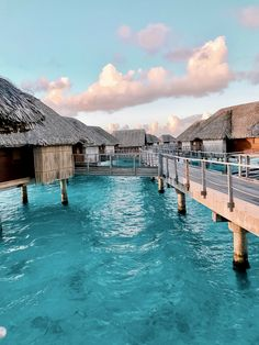 One of the most beautiful Hotels in the World - Four Seasons Resort Bora Bora - pilotmadeleine Vacation Places, Vacation Destinations, Dream Vacations, Romantic Vacations, Italy Vacation, Good Holiday Destinations, Mexico Destinations, Italy Honeymoon, Romantic Travel