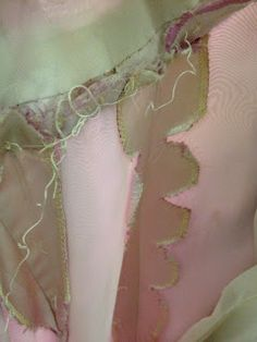 Diary of a Chain Stitcher : Ever wanted to see inside a 1960s Dior Evening Dress?