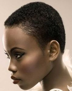 Buzz cuts for Black women - I love how it looks on her but I can't even pretend I'd have enough bravery to try this