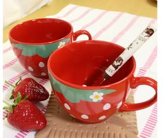 Cute Red Strawberry Cups
