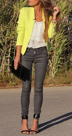 Love the pop of color…hot for Spring!!!
