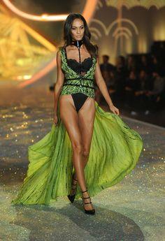 Joan Smalls - 2013 Victoria's Secret Fashion Show - Show