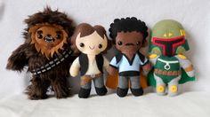 * * Squeee - Star Wars or other Geeky, Movie, Comic Loves - Star Wars Plushies! * * Squeee - Star Wars or other Geeky, Movie, Comic Loves Star Wars Crafts, Needle Felted, Star Wars Party, Kawaii, Felt Dolls, Plush Dolls, Felt Ornaments, Softies, Felt Crafts