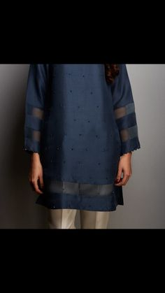 Zara Shahjahan silk solids were a hit. New stock will be coming to stores soon. Kaftan Designs, Kurta Designs Women, Fancy Dress Design, Stylish Dress Designs, Simple Pakistani Dresses, Pakistani Dress Design, Pakistani Fashion Party Wear, Pakistani Outfits, Indian Fashion