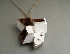 KATHRYN YEATS-NZ- QUOIL Artists - Contemporary Jewellery Gallery