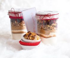 do the muffins from this! Handmade Christmas Gifts, Food Gifts, Decor Crafts, Christmas Cookies, Muffins, Food And Drink, Christmas Decorations, Healthy Recipes, Homemade