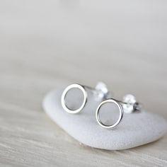7mm Minimalist Silver Circle Stud Earrings