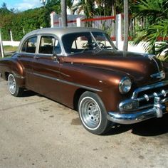 It's all about the cars trapped in a time machine in Cuba.   This this one was in pristine condition!  via @msjag on Twitter.