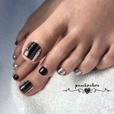 Toe nail art is one of the best ways to make your feet look sexy and interesting. If you are fond of nail art and manicure. Pedicure Nail Art, Pedicure Designs, Toe Nail Designs, Toe Nail Art, Acrylic Nails, Pretty Toe Nails, Cute Toe Nails, Hair And Nails, My Nails
