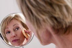 Cada idade possui dicas específicas para que a maquiagem fique perfeita na pele…