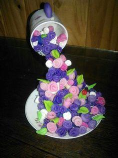 Rosas suspendidas en el aire centro floral