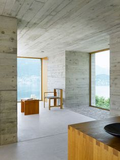 New Concrete House by Wespi de Meuron Architekten - Interior de una casa contemporánea de concreto en Suiza.