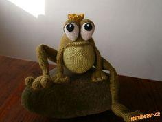 Přidávám vlastní návod na žabáka (opět inspirováno obrázkem, který se mi moc líbil). Prosím nekopíro...