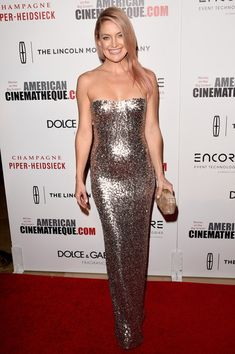 Kate Hudson Strapless Dress - Kate Hudson served up a heavy dose of sexy glamour at the American Cinematheque Award in a fully sequined Jenny Packham strapless gown that flowed fluidly down her body.