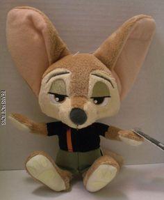 DISNEY ZOOTOPIA Movie Toy - Finnick Plush NWT #TOMY