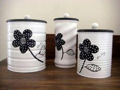 50 Crafts and Projects Using Recycled, Repurposed, & Upcycled Cans {Saturday Inspiration & Ideas « Decor Diy Best Tin Can Crafts, Jar Crafts, Diy And Crafts, Recycled Crafts, Recycle Cans, Diy Cans, Formula Can Crafts, Baby Formula Cans, Tin Can Art