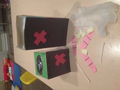 Community helpers theme: doctors bag/first aid kits