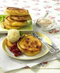Johannisbeer-Buttermilch-Pfannkuchen Rezept via lecker.de