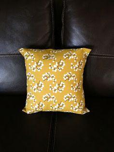DIY Pocket pillow cover tutorial