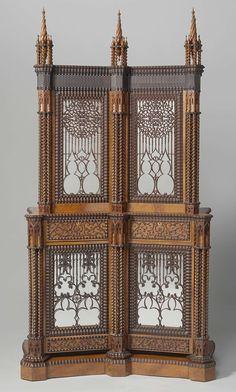 Zilverkast versierd met draaiwerk, geslingerde colonetten en pinakels, robbellijsten en ijl traceerwerk, Jan Adolf jr. Hillebrand, 1844