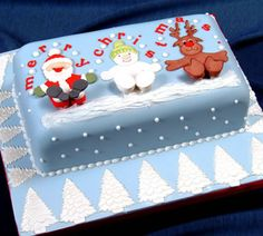 christmas cake with patchwork cutters