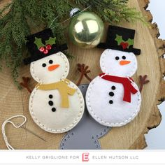 Sew Cute - Snowman, Essentials By Ellen Designer Dies - Holiday wreaths christmas,Holiday crafts for kids to make,Holiday cookies christmas, Felt Christmas Decorations, Christmas Ornament Crafts, Christmas Sewing, Felt Ornaments, Felt Crafts, Handmade Christmas, Holiday Crafts, Christmas Crafts, Christmas Tree