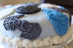 Star Wars birthday cake - An excellent way to use my SW cookie cutters