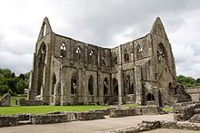 William Wordsworth - Lines composed a few miles above Tintern Abbey on revisiting the banks of the Wye during a tour. 13 July 1798.