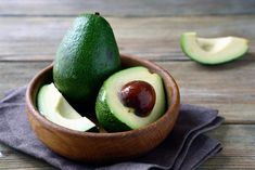 there are plenty of avocado benefits. Here are the health benefits of avocado you never knew. Korean Skincare, Avocado Hair Mask, Avocado Health Benefits, Skin Care Routine Steps, Good Fats, Natural Skin Care, Healthy Skin, Tips, Fruit