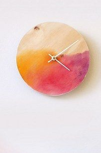 Watercolor Clock | 18 Easy DIY Art Projects You Can Make With Watercolors