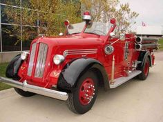 1948 Seagrave Open Cab Pumper Fire truck Fire Engine for sale: photos, technical specifications, description Fire Trucks For Sale, Big Rig Trucks, Fire Dept, Fire Department, Lego Fire, Engines For Sale, Fire Equipment, Rescue Vehicles, Old Tractors