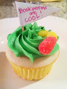 """""""Book worms are cool"""" cupcakes"""