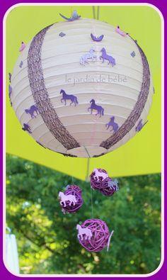 suspension boule chinoise rose clair personnalisable : Décoration pour enfants par le-jardin-de-bebe